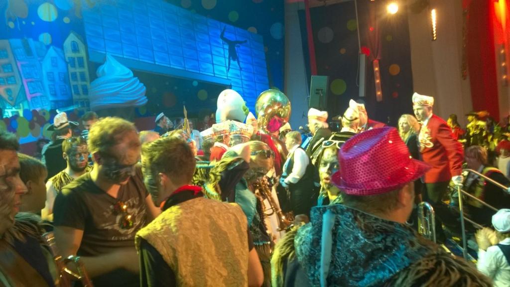 Karneval-2016-Freitag-Guerzenich-09