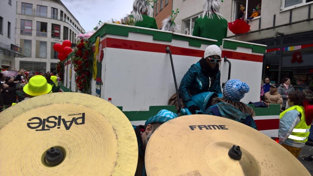 Karneval-2016-Sonntag-Bergisch-Gladbach-12
