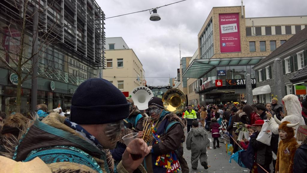 Karneval-2016-Sonntag-Bergisch-Gladbach-13